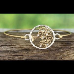 Jewelry - Tree of Life Round Pendant with Crystals Bracelet